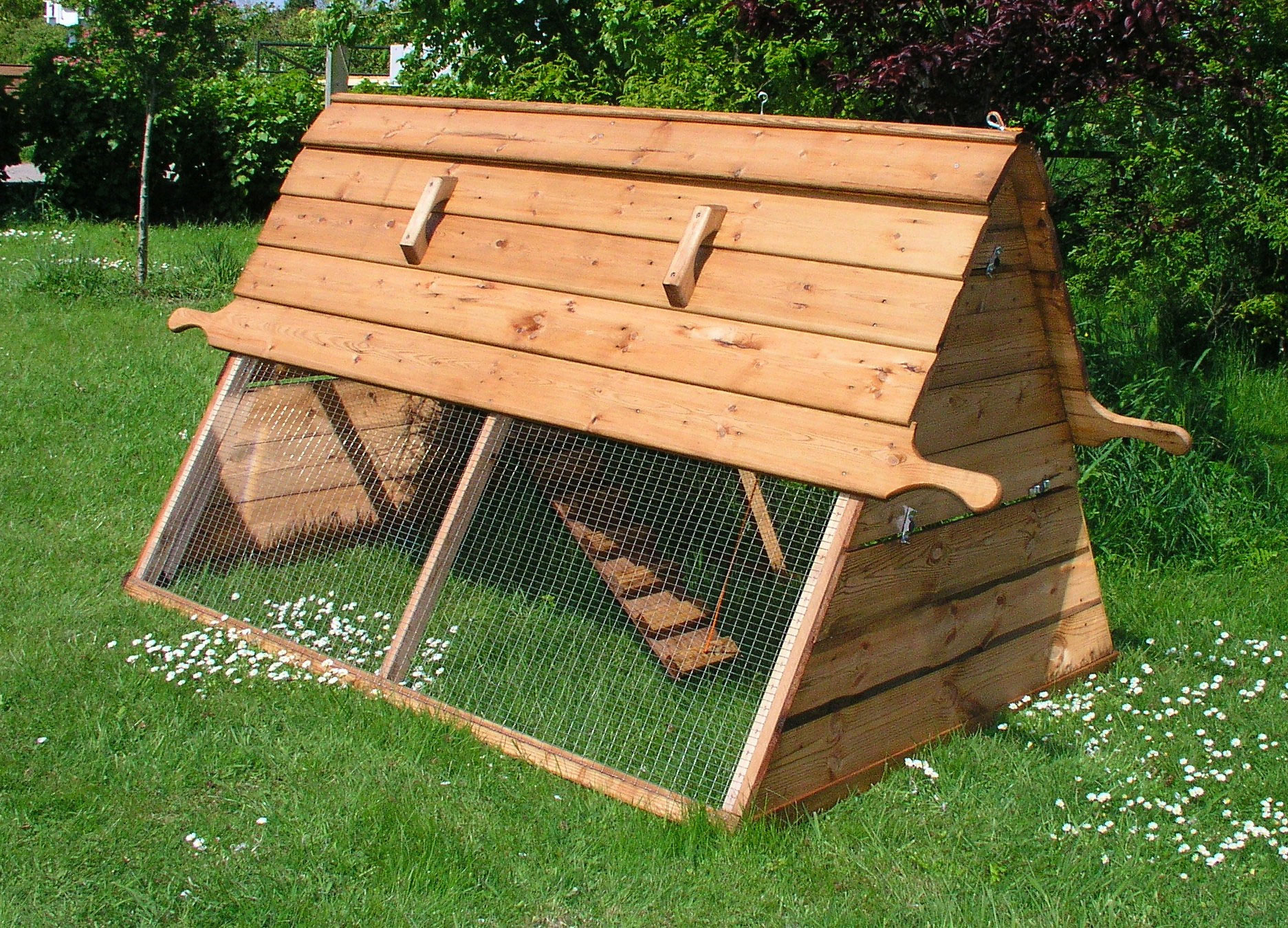 Boughton chicken coop by forsham cottage arks chicken coops walk in chicken runs chicken fencing and more omlet